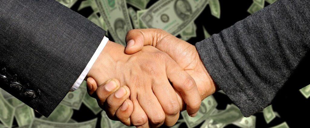 מי משלם דמי תיווך - הקונה או המוכר